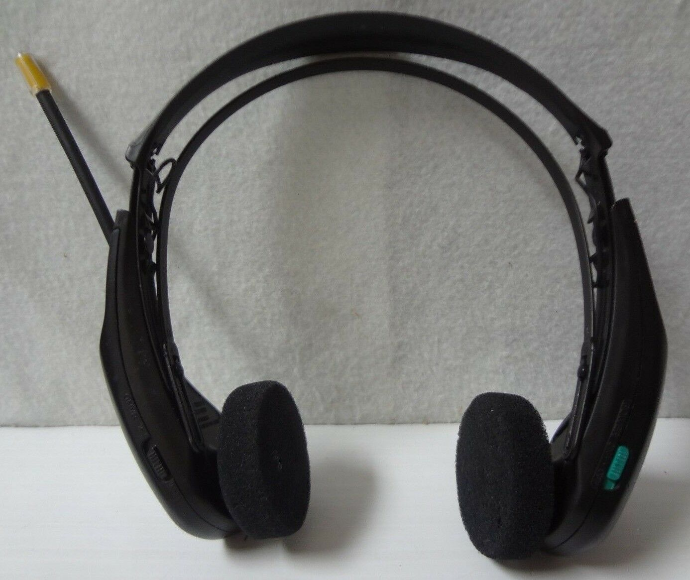7cf744e2a3d SONY Walkman SRF-H2 AM/FM Stereo Headphone Receiver -25 For Sale