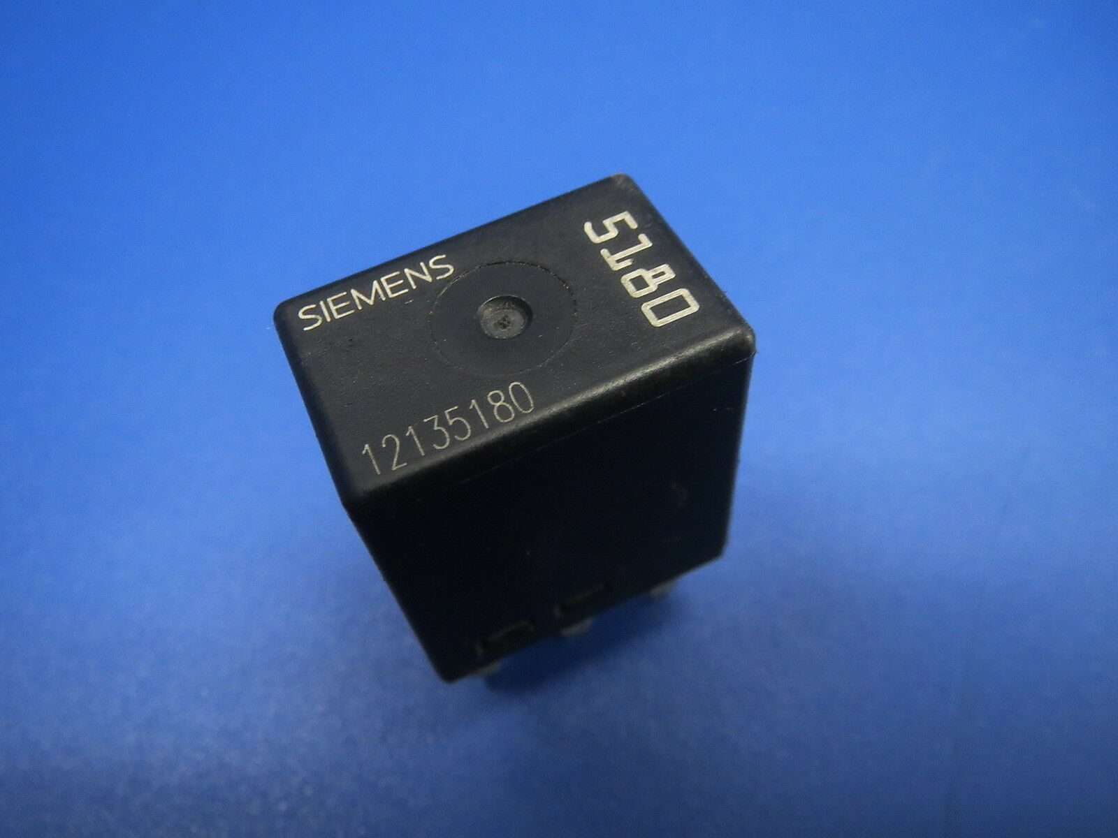 Fuse Box Relay Siemens 5180 12135180 Usa 995172a Oem B3 For Sale