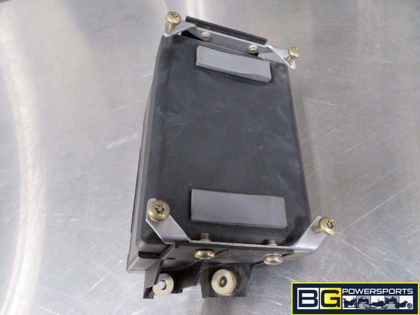 WRG-7447] R1200c Fuse Box on
