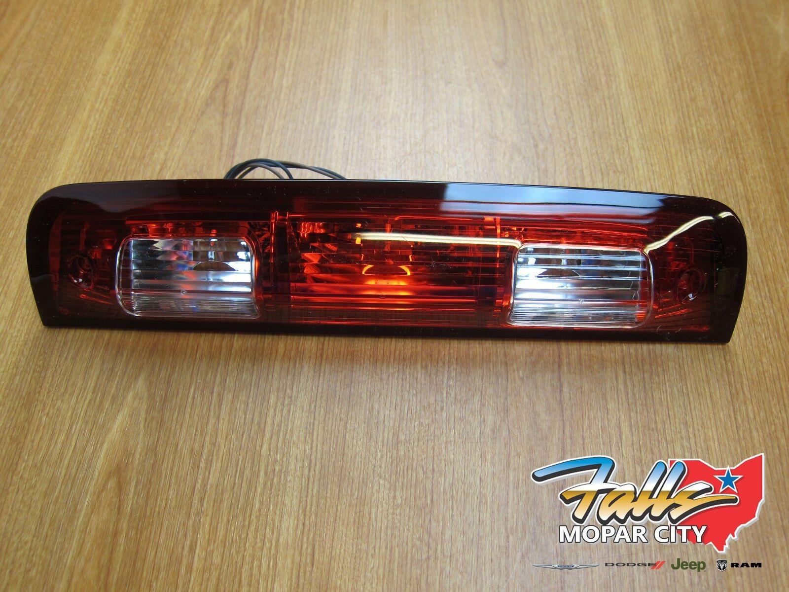 10 18 Dodge Ram 1500 5500 Chmsl 3rd Third Brake Light Lamp Embly Mopar Oem For