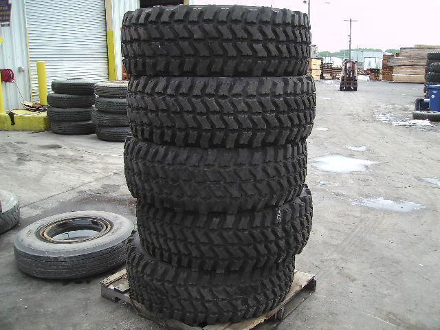 Military Truck Goodyear 395/85R20 Super Single MV/T Take Off Tire 50